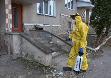 У Теребовлі продовжують дезінфекцію будинків